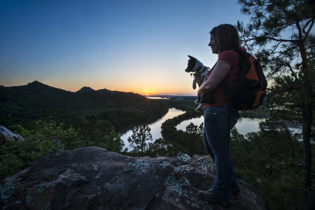 pinnacle_mountain_hiker_sunset_chc_3466